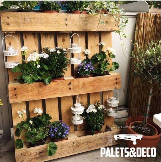 Jardines verticales con palets pinturas lepanto for Que plantas poner en una jardinera