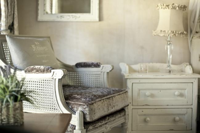 Muebles vintage  Pinturas Lepanto  Fabricante de pintura para